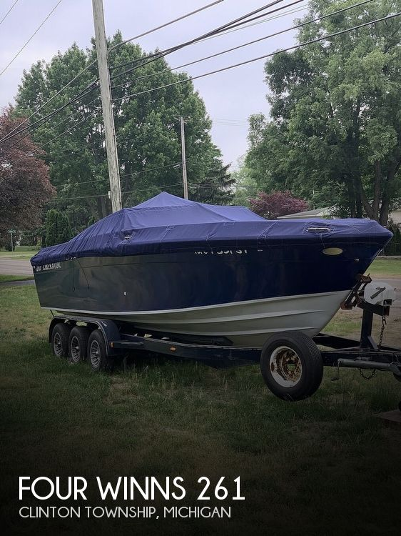 Used FOUR WINNS Boats For Sale in Michigan by owner | 1986 Four Winns Liberator 261