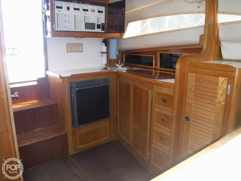 1989 North Coast boat for sale, model of the boat is 31 Express & Image # 13 of 40