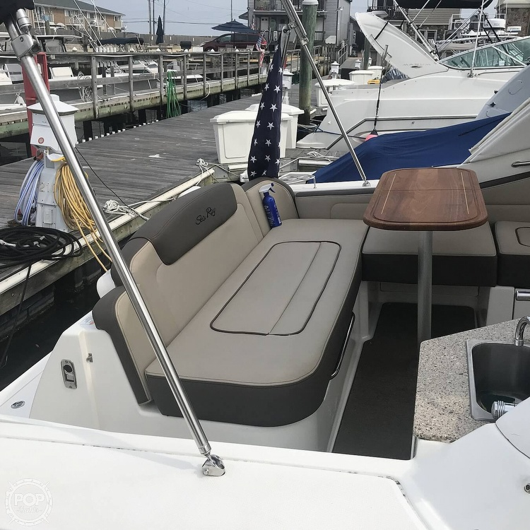 2015 Sea Ray boat for sale, model of the boat is 310 Sundancer & Image # 8 of 41