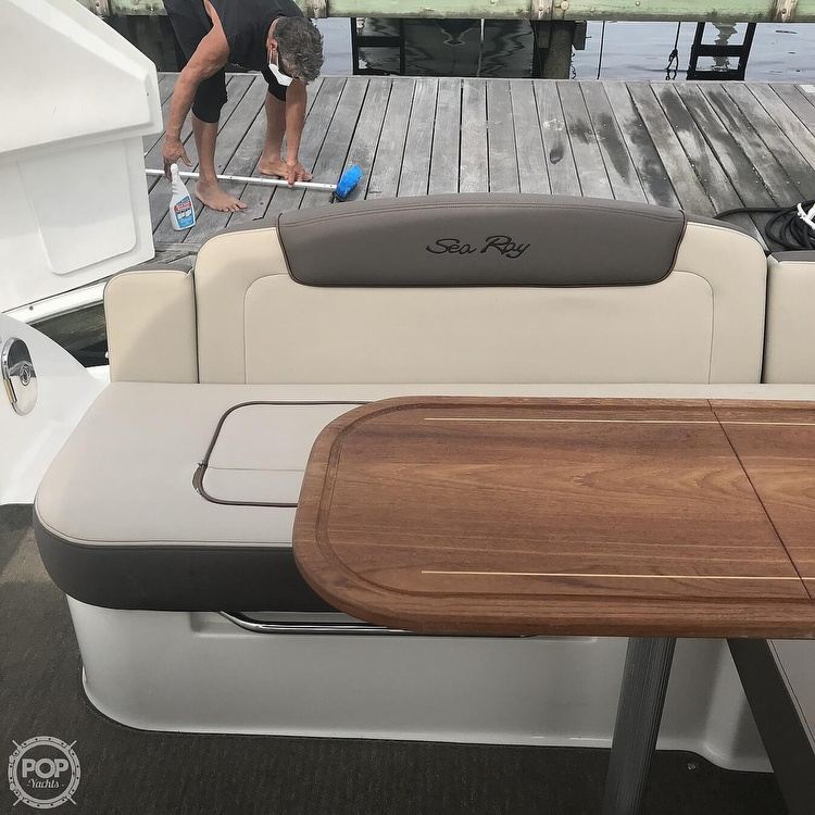 2015 Sea Ray boat for sale, model of the boat is 310 Sundancer & Image # 19 of 41