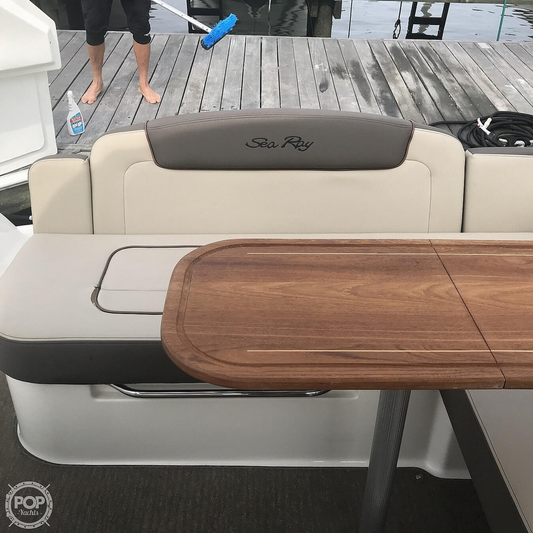 2015 Sea Ray boat for sale, model of the boat is 310 Sundancer & Image # 20 of 41