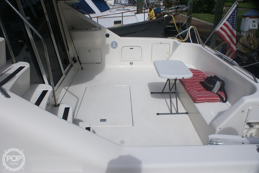 1996 Sea Ray boat for sale, model of the boat is 440 Express Bridge & Image # 8 of 40