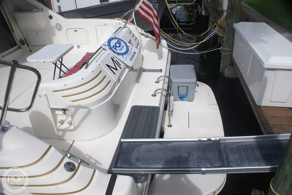 1996 Sea Ray boat for sale, model of the boat is 440 Express Bridge & Image # 9 of 40