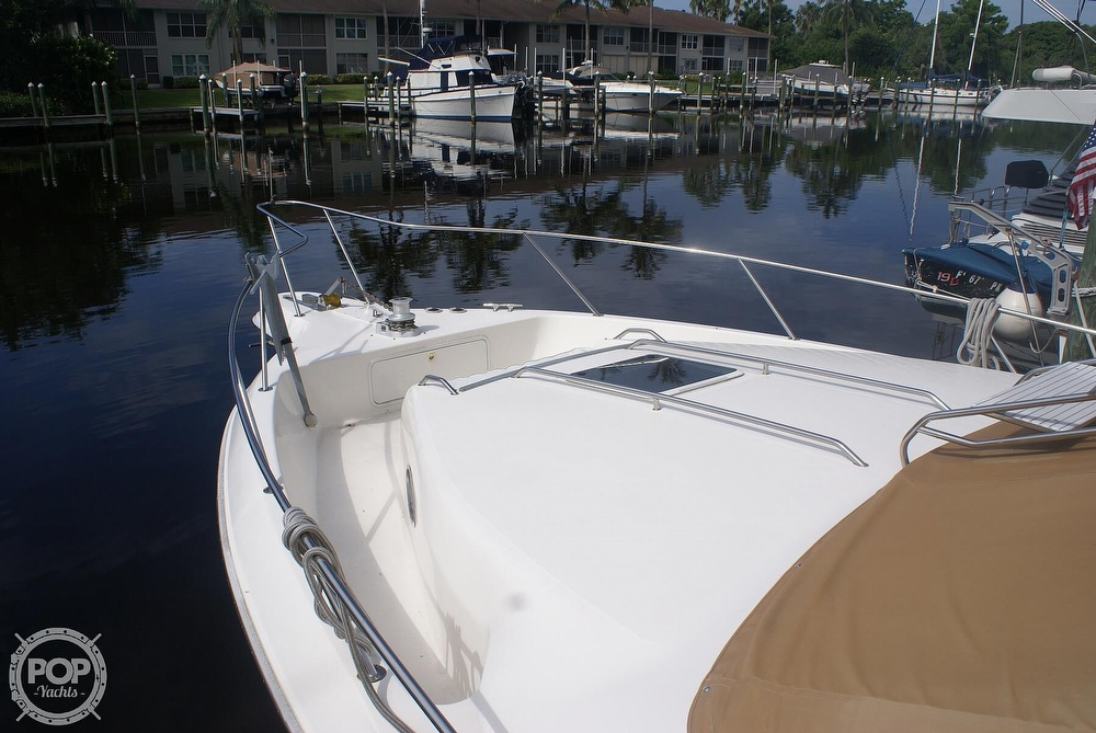 1996 Sea Ray boat for sale, model of the boat is 440 Express Bridge & Image # 13 of 40
