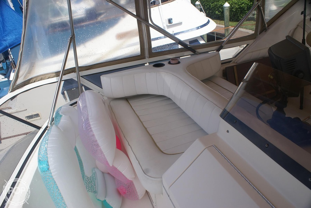 1996 Sea Ray boat for sale, model of the boat is 440 Express Bridge & Image # 22 of 40
