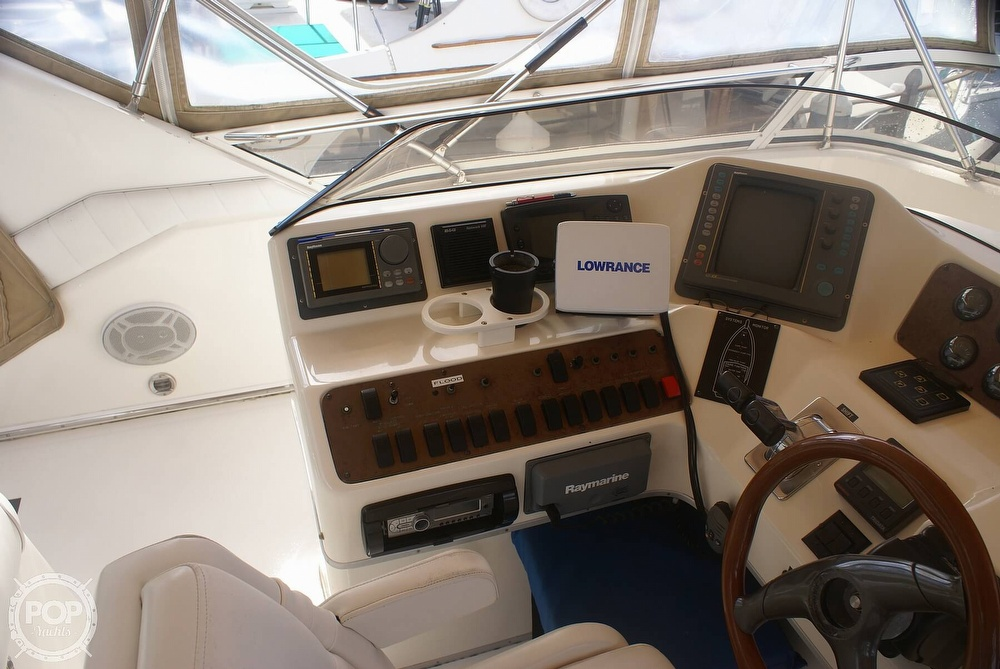 1996 Sea Ray boat for sale, model of the boat is 440 Express Bridge & Image # 26 of 40