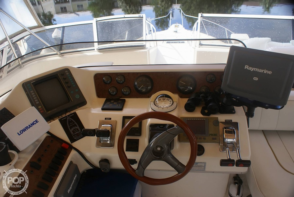 1996 Sea Ray boat for sale, model of the boat is 440 Express Bridge & Image # 29 of 40