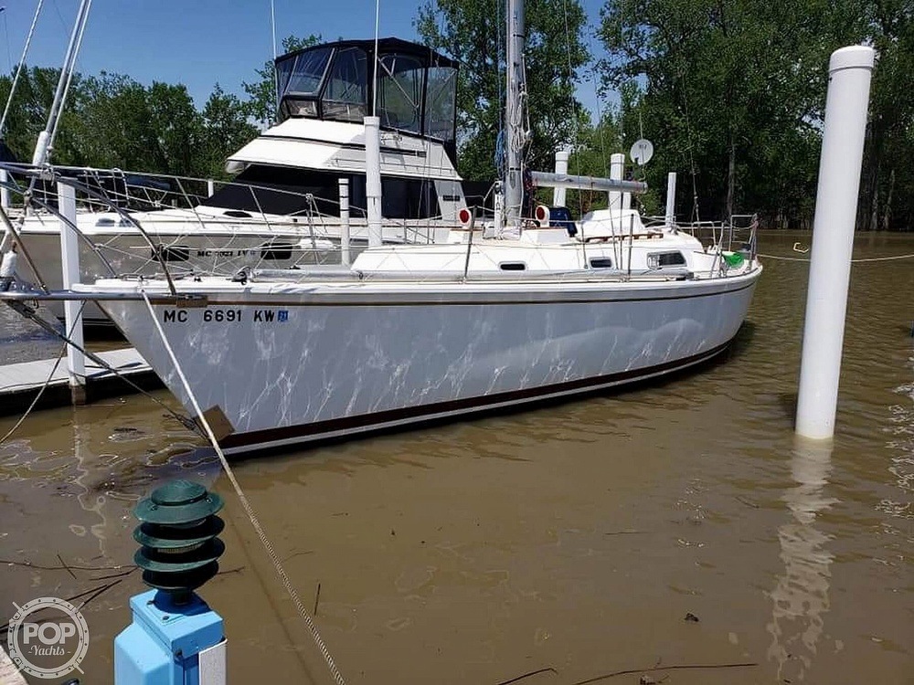 1975 Pearson boat for sale, model of the boat is 10-M Tall Rig & Image # 2 of 14