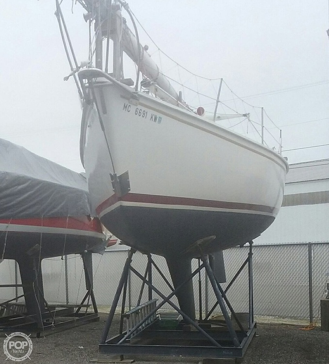 1975 Pearson boat for sale, model of the boat is 10-M Tall Rig & Image # 5 of 14