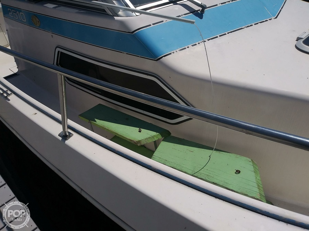 1992 Pro-Line boat for sale, model of the boat is 2510 & Image # 3 of 22