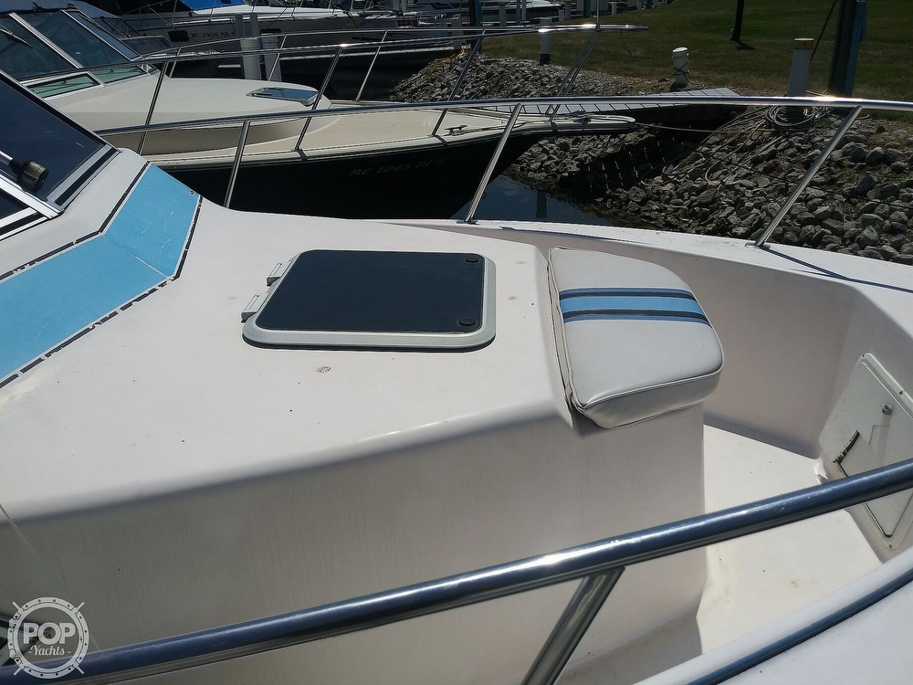 1992 Pro-Line boat for sale, model of the boat is 2510 & Image # 5 of 22