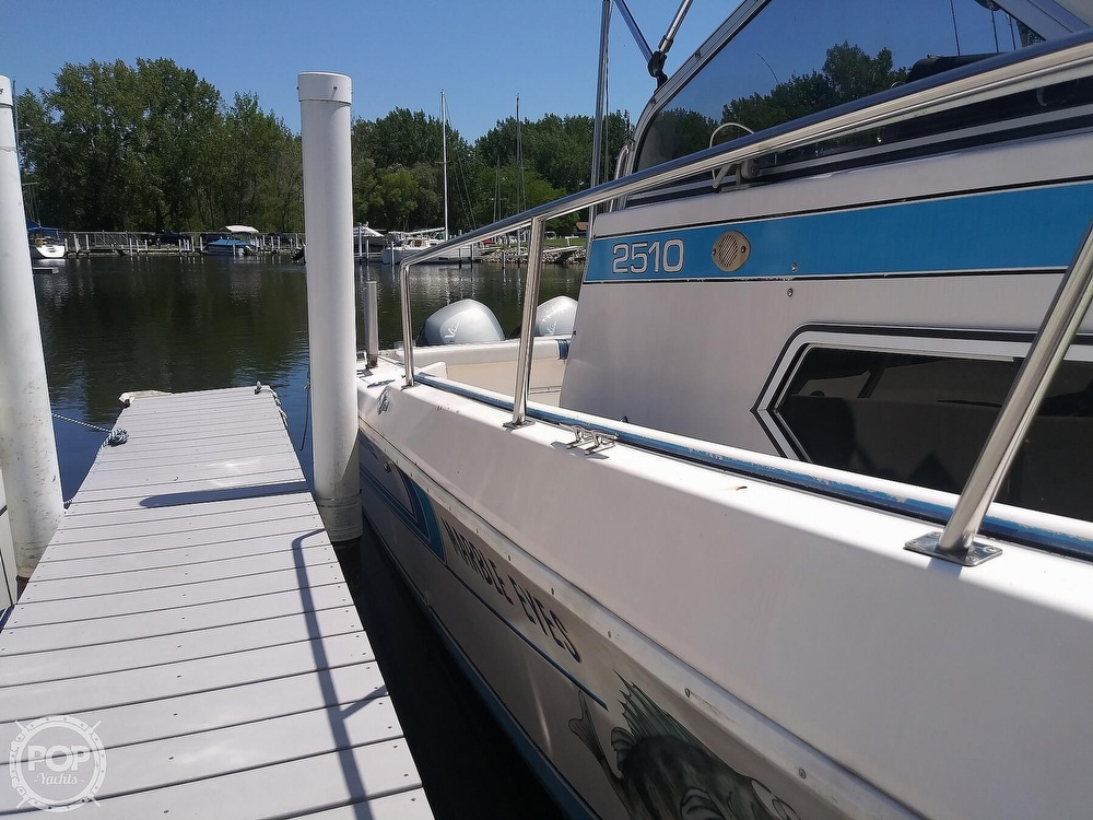 1992 Pro-Line boat for sale, model of the boat is 2510 & Image # 7 of 22