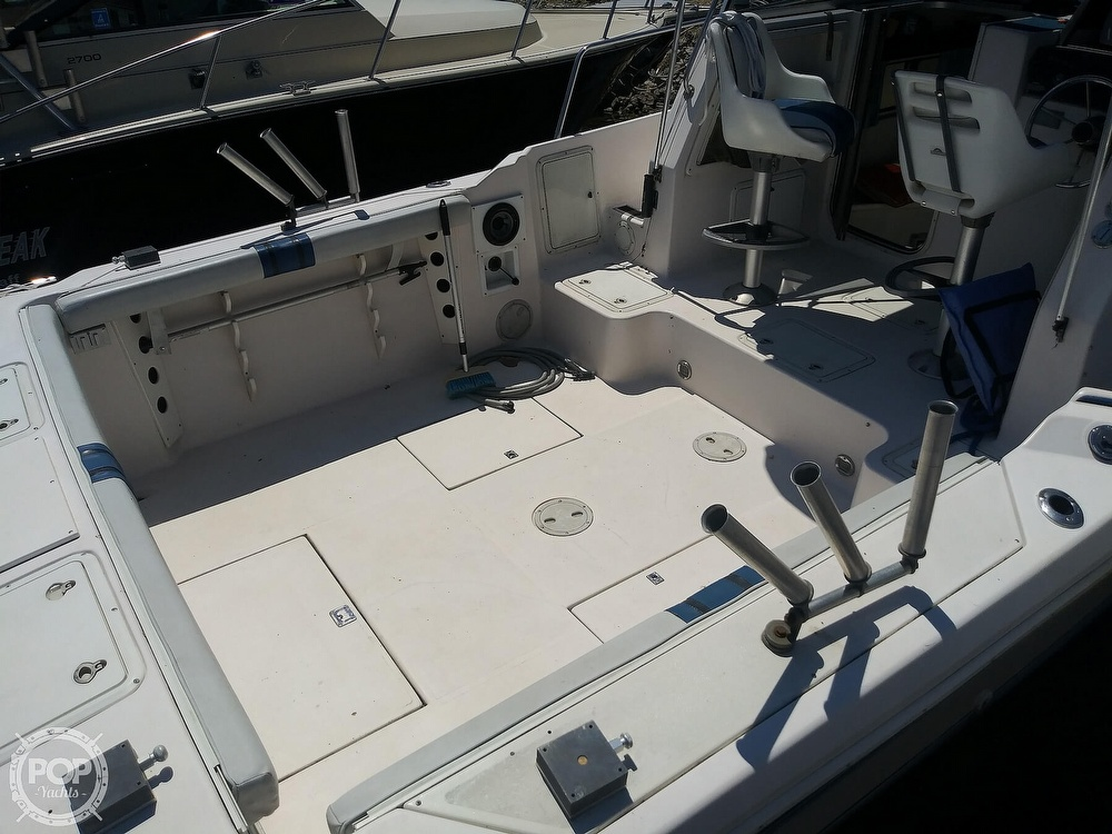 1992 Pro-Line boat for sale, model of the boat is 2510 & Image # 10 of 22