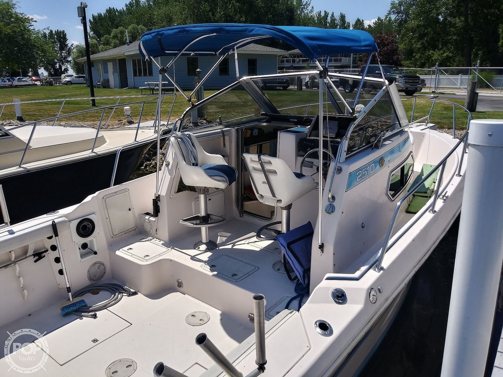 1992 Pro-Line boat for sale, model of the boat is 2510 & Image # 11 of 22