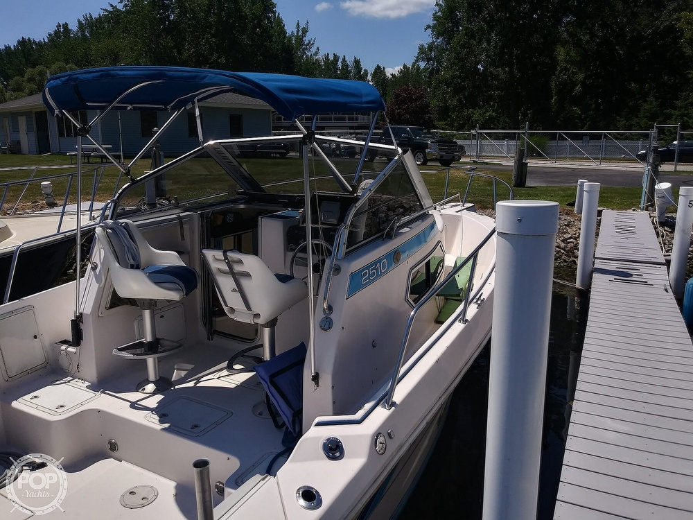 1992 Pro-Line boat for sale, model of the boat is 2510 & Image # 12 of 22