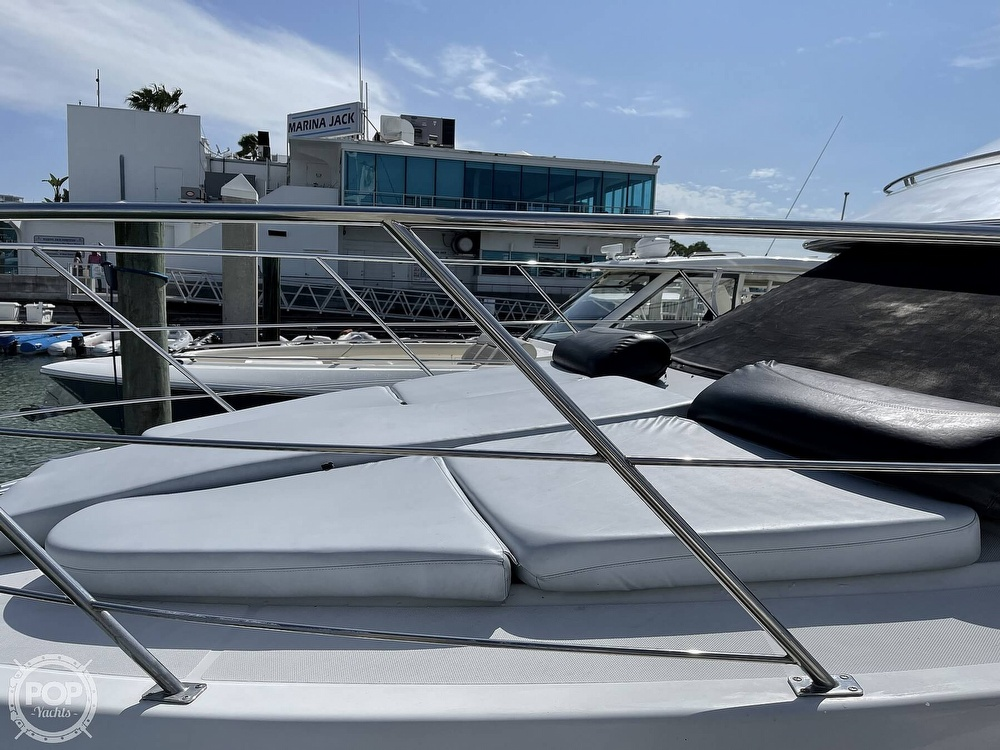 2001 Carver boat for sale, model of the boat is 396 MY & Image # 5 of 40