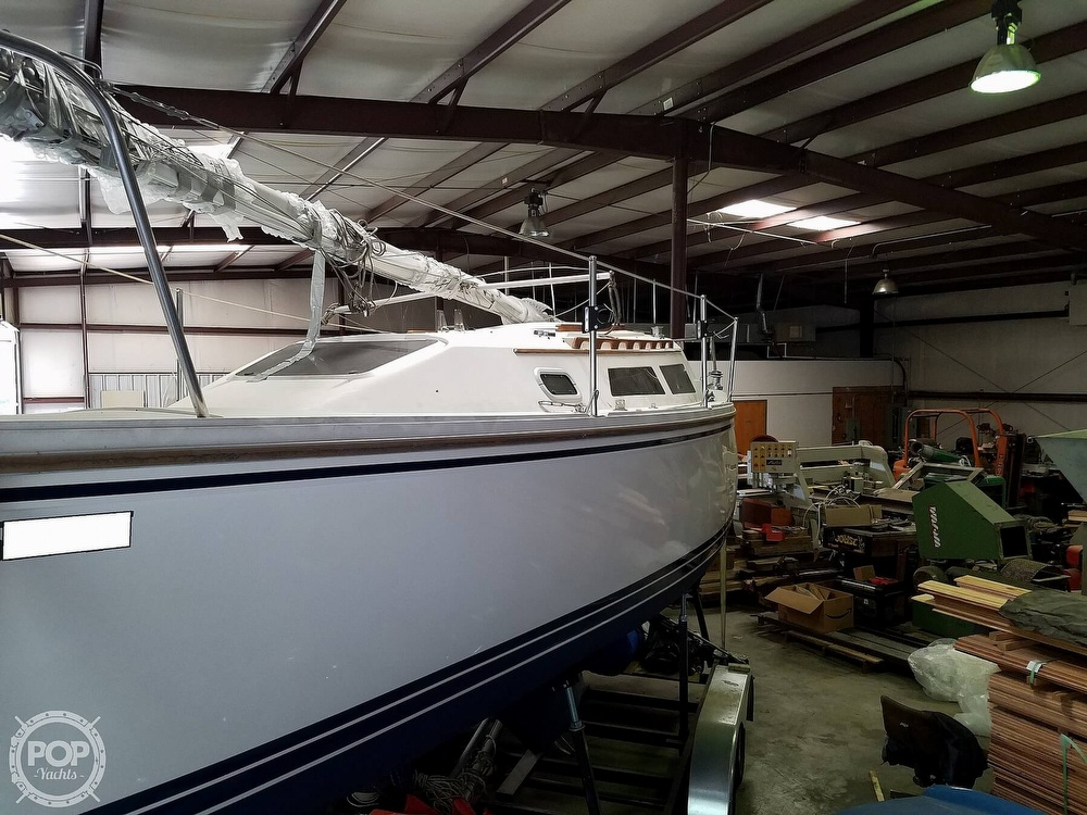 1989 Catalina Yachts boat for sale, model of the boat is 25 & Image # 8 of 41