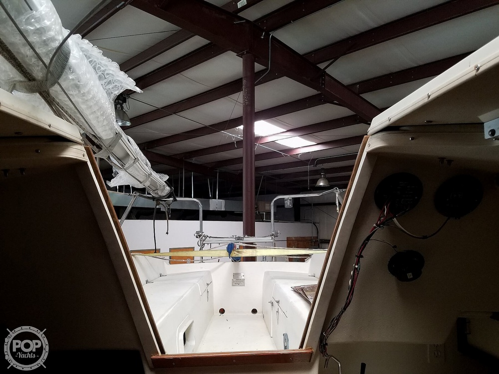 1989 Catalina Yachts boat for sale, model of the boat is 25 & Image # 26 of 41