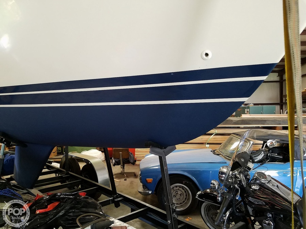 1989 Catalina Yachts boat for sale, model of the boat is 25 & Image # 28 of 41