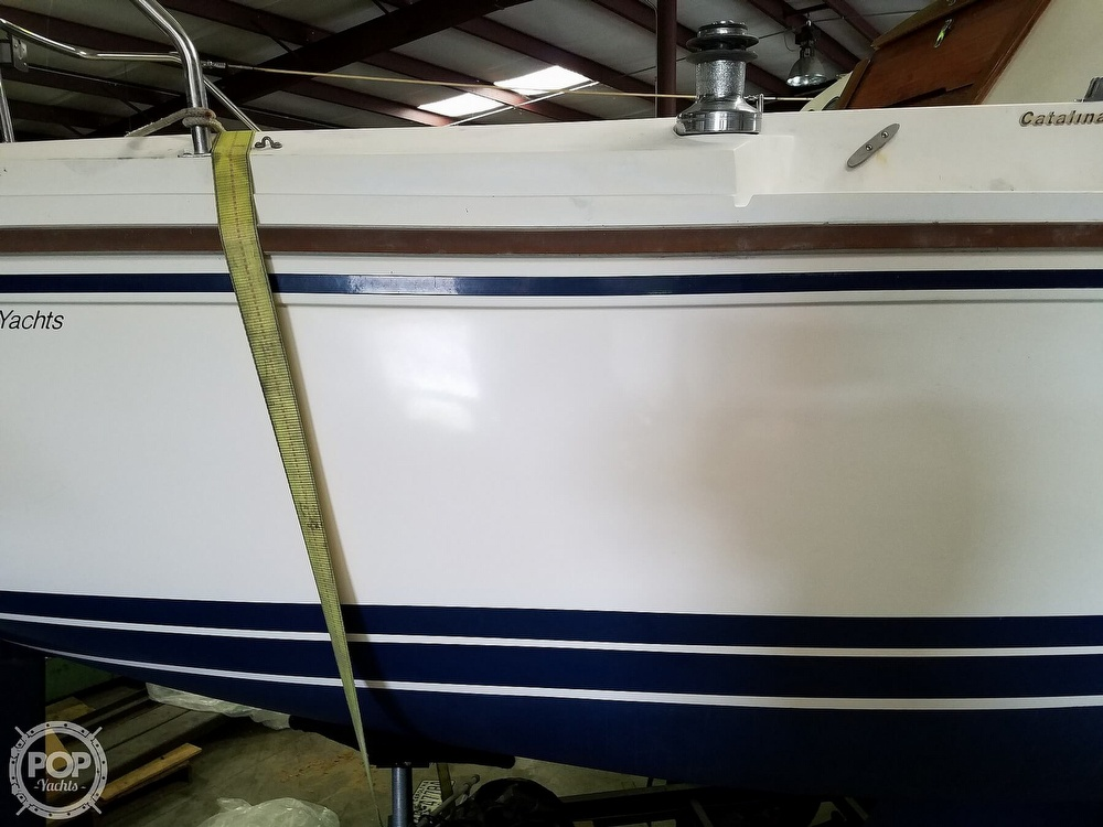 1989 Catalina Yachts boat for sale, model of the boat is 25 & Image # 33 of 41