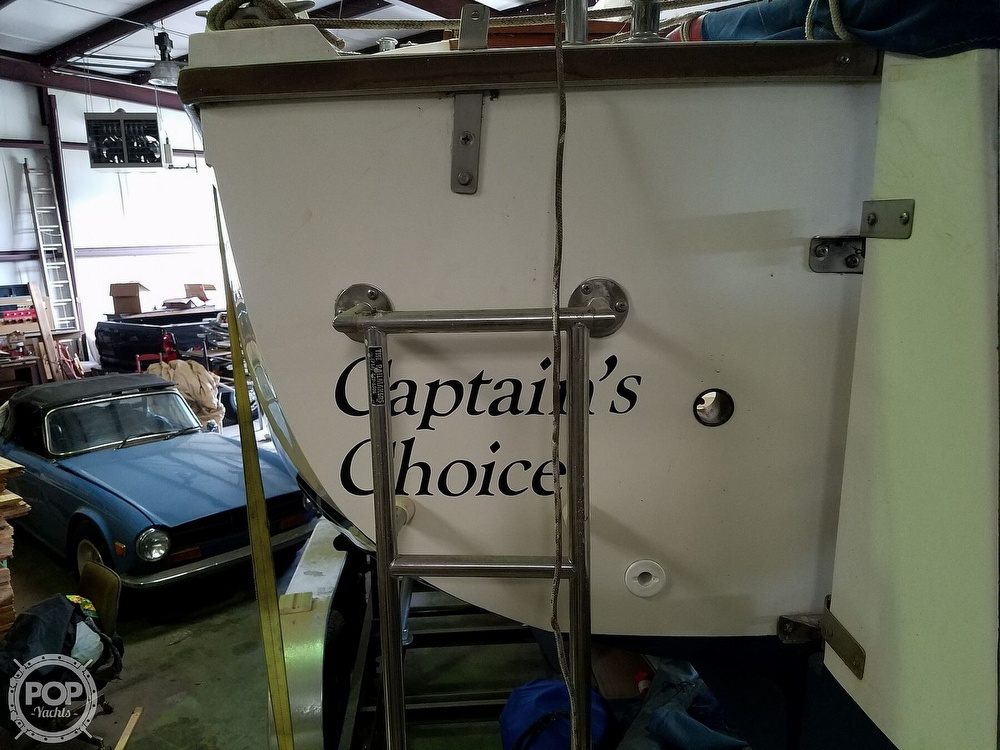 1989 Catalina Yachts boat for sale, model of the boat is 25 & Image # 38 of 41