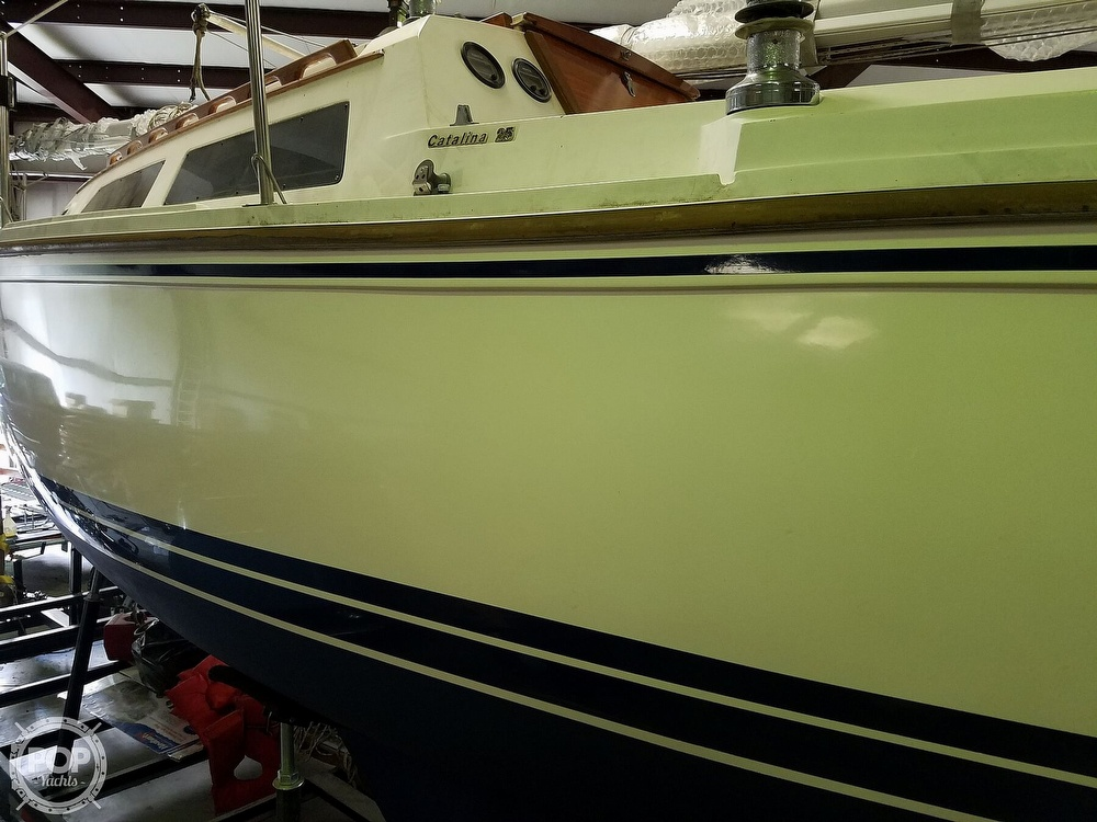 1989 Catalina Yachts boat for sale, model of the boat is 25 & Image # 40 of 41