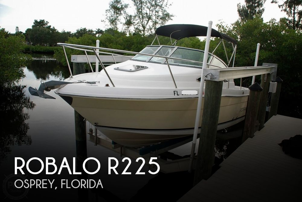 2007 Robalo boat for sale, model of the boat is R225 & Image # 1 of 40