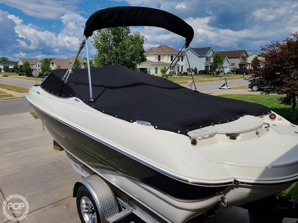 2018 Stingray boat for sale, model of the boat is 198 LX & Image # 5 of 41