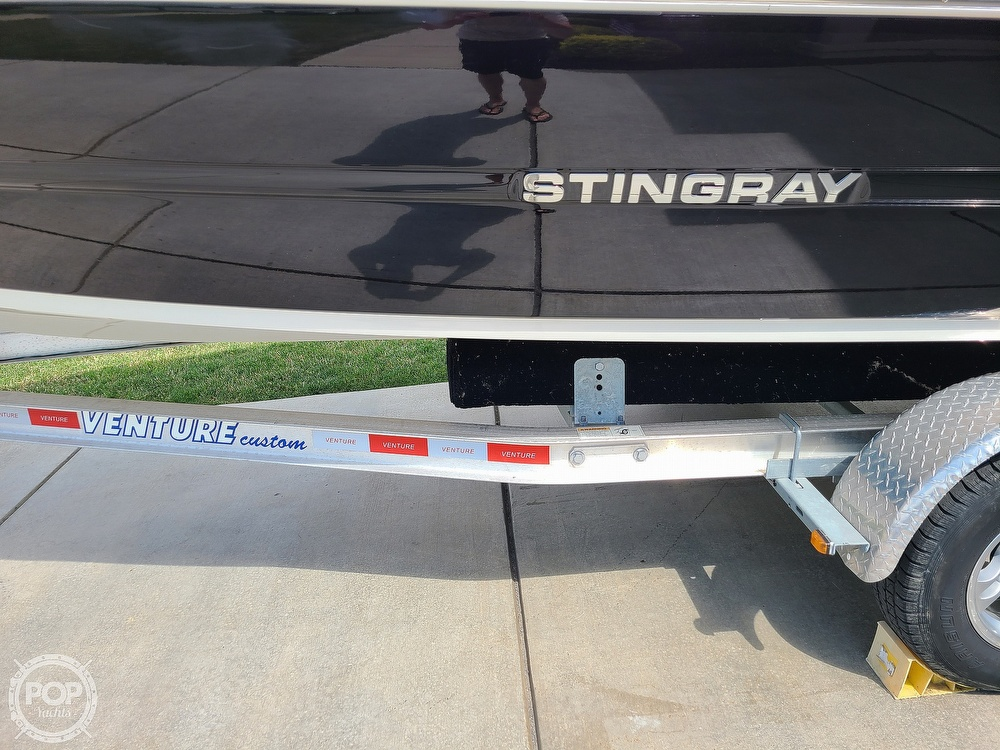 2018 Stingray boat for sale, model of the boat is 198 LX & Image # 12 of 41