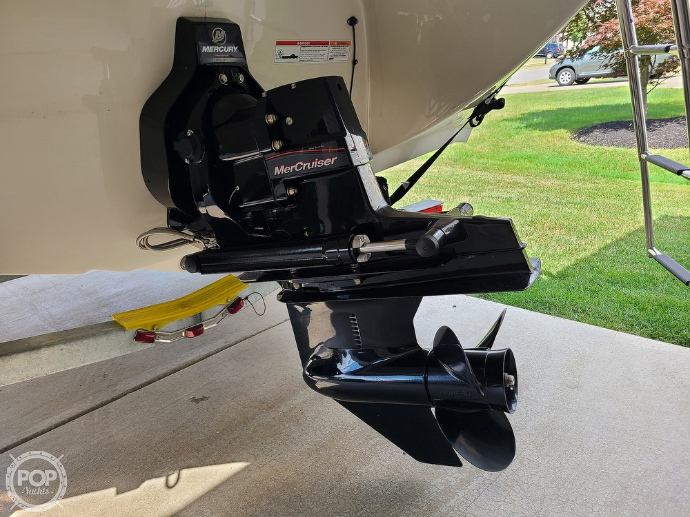 2018 Stingray boat for sale, model of the boat is 198 LX & Image # 11 of 41