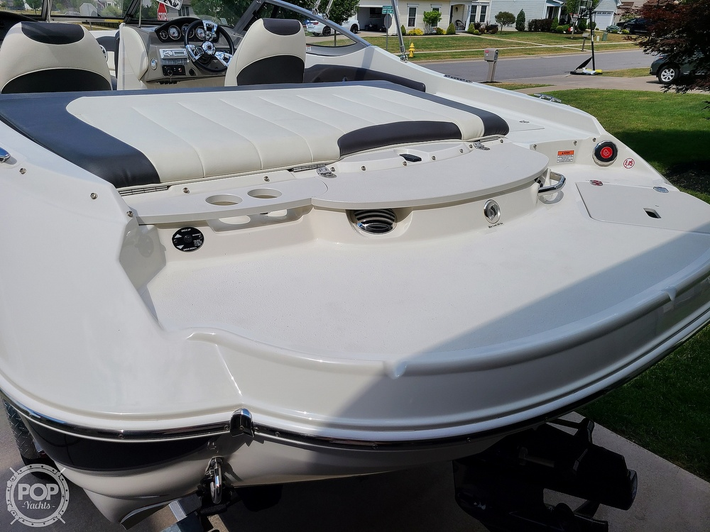 2018 Stingray boat for sale, model of the boat is 198 LX & Image # 26 of 41