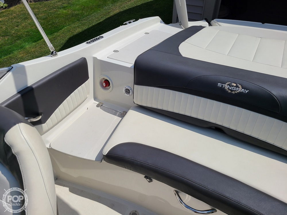2018 Stingray boat for sale, model of the boat is 198 LX & Image # 38 of 41