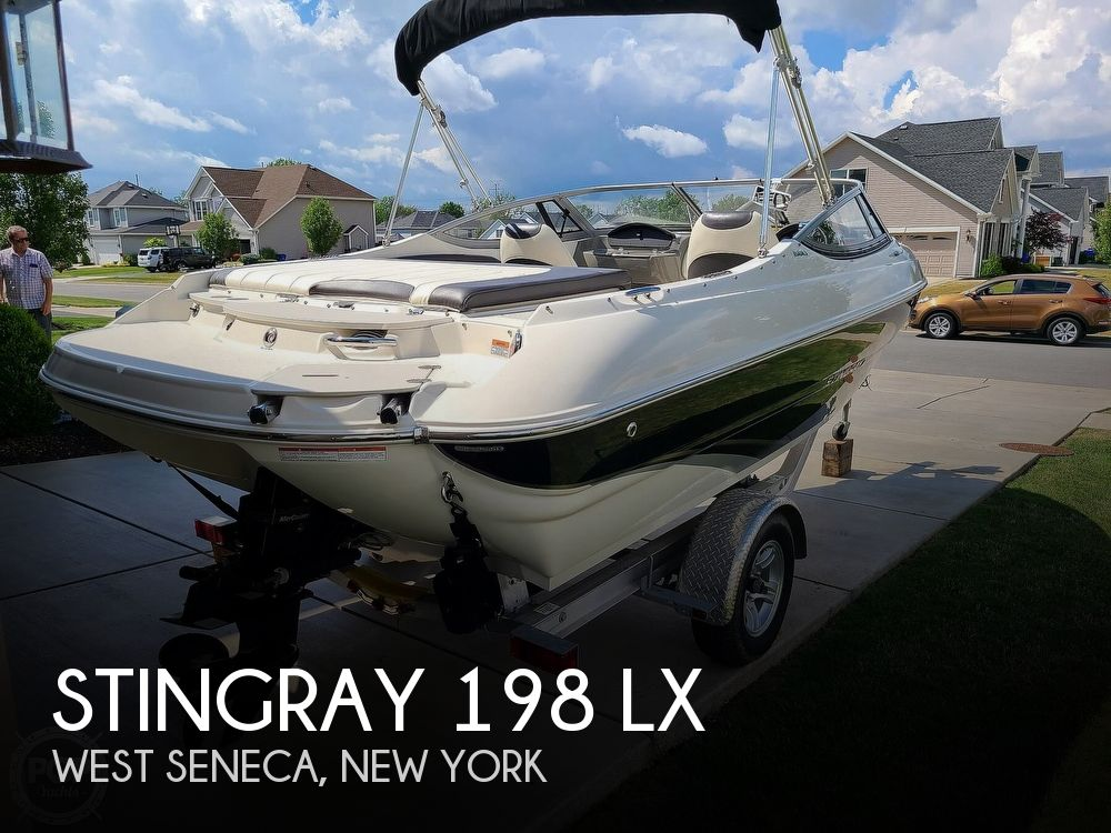 2018 Stingray boat for sale, model of the boat is 198 LX & Image # 1 of 41