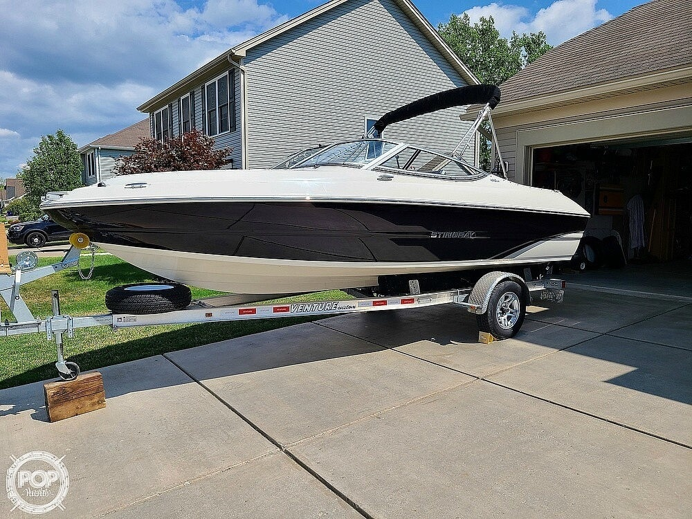 2018 Stingray boat for sale, model of the boat is 198 LX & Image # 2 of 41