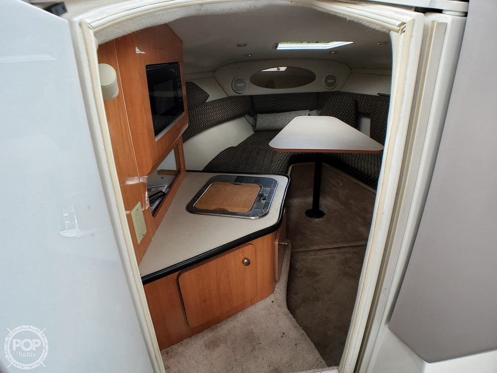 2000 Regal boat for sale, model of the boat is 2850 LSC & Image # 6 of 40