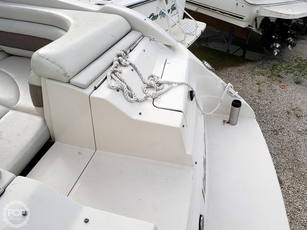 2000 Regal boat for sale, model of the boat is 2850 LSC & Image # 11 of 40
