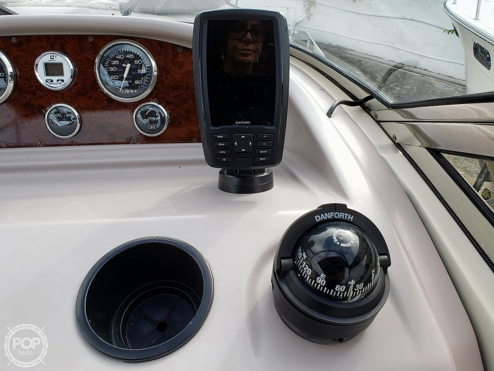2000 Regal boat for sale, model of the boat is 2850 LSC & Image # 33 of 40