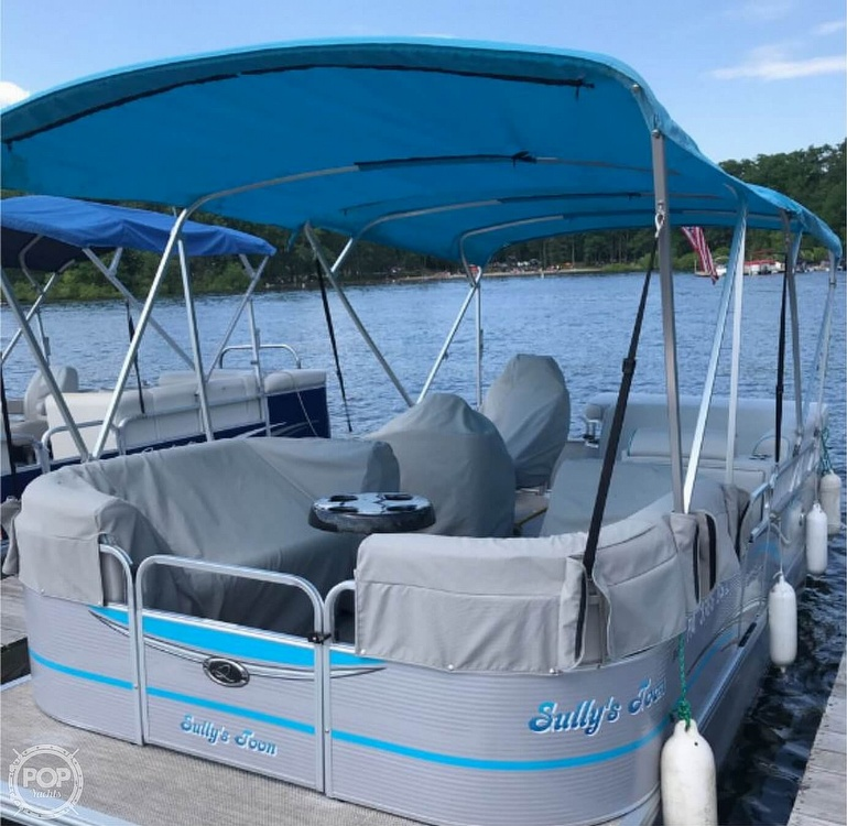 2016 Qwest boat for sale, model of the boat is Apex 820 LS & Image # 2 of 22