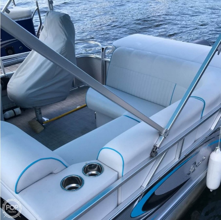 2016 Qwest boat for sale, model of the boat is Apex 820 LS & Image # 10 of 22