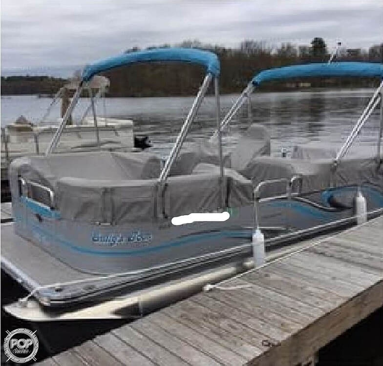 2016 Qwest boat for sale, model of the boat is Apex 820 LS & Image # 12 of 22