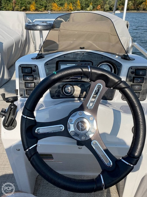 2016 Qwest boat for sale, model of the boat is Apex 820 LS & Image # 19 of 22