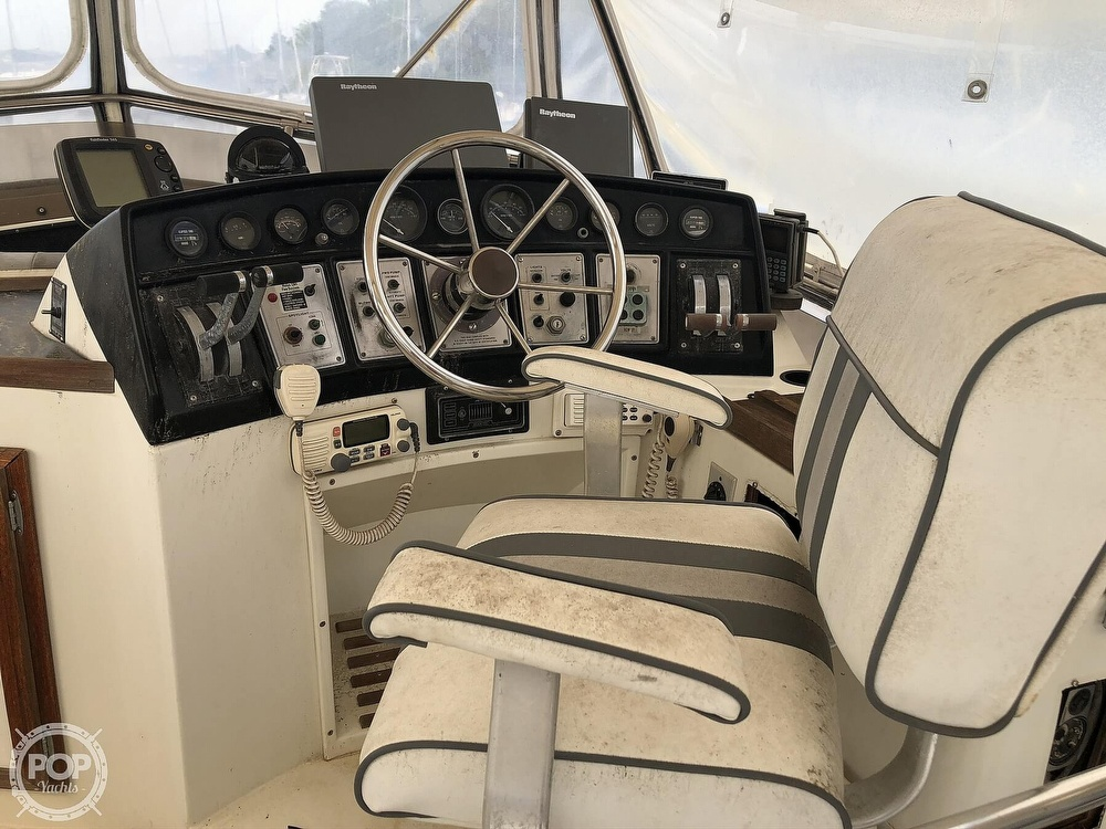 1985 Carver boat for sale, model of the boat is 36 Aft Cabin & Image # 23 of 40
