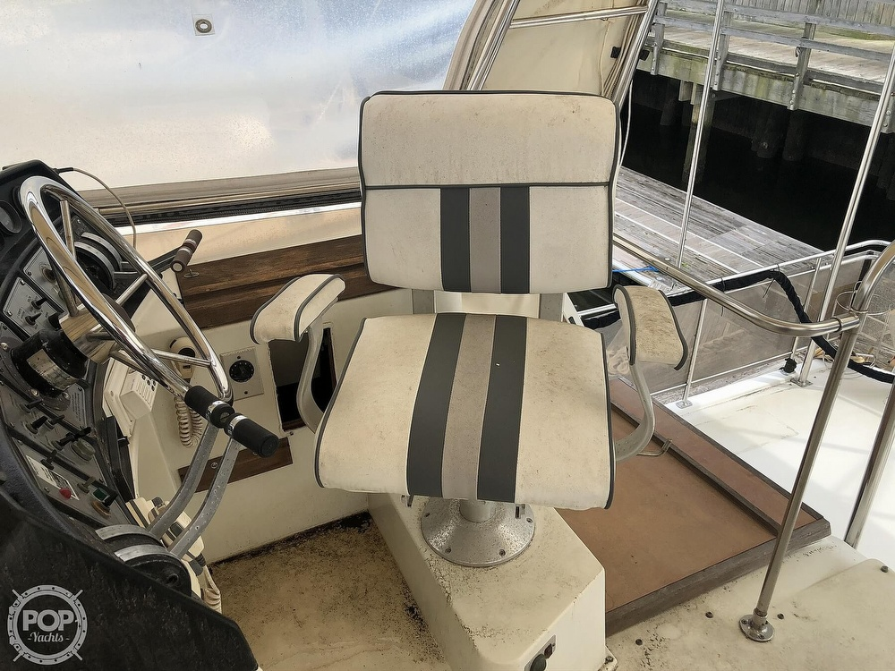 1985 Carver boat for sale, model of the boat is 36 Aft Cabin & Image # 24 of 40