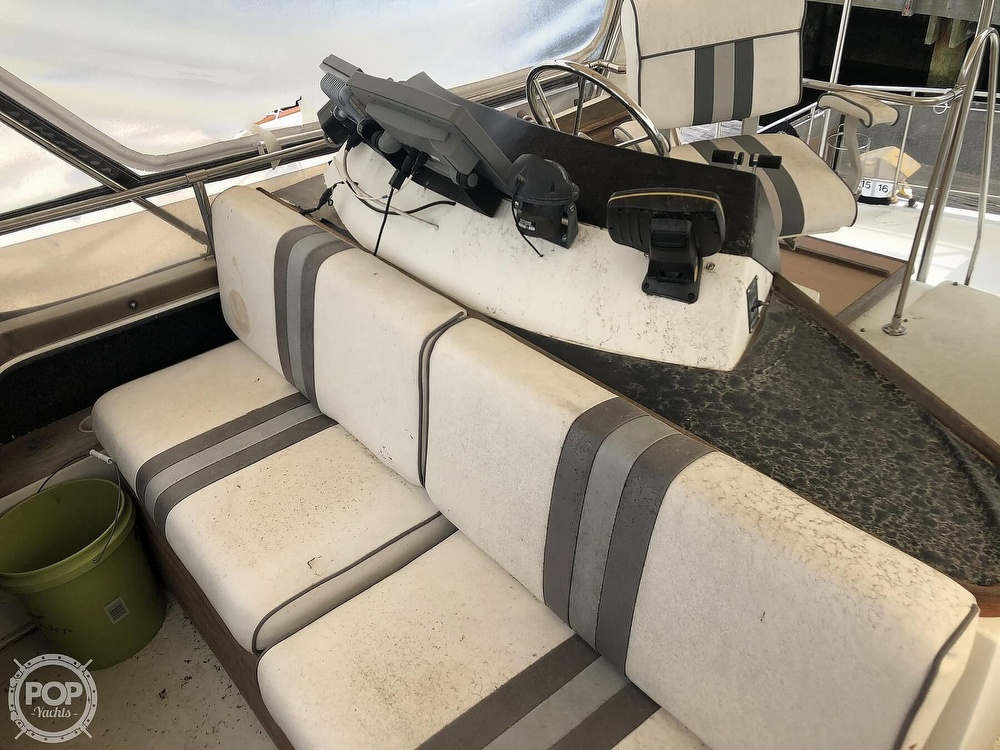 1985 Carver boat for sale, model of the boat is 36 Aft Cabin & Image # 25 of 40