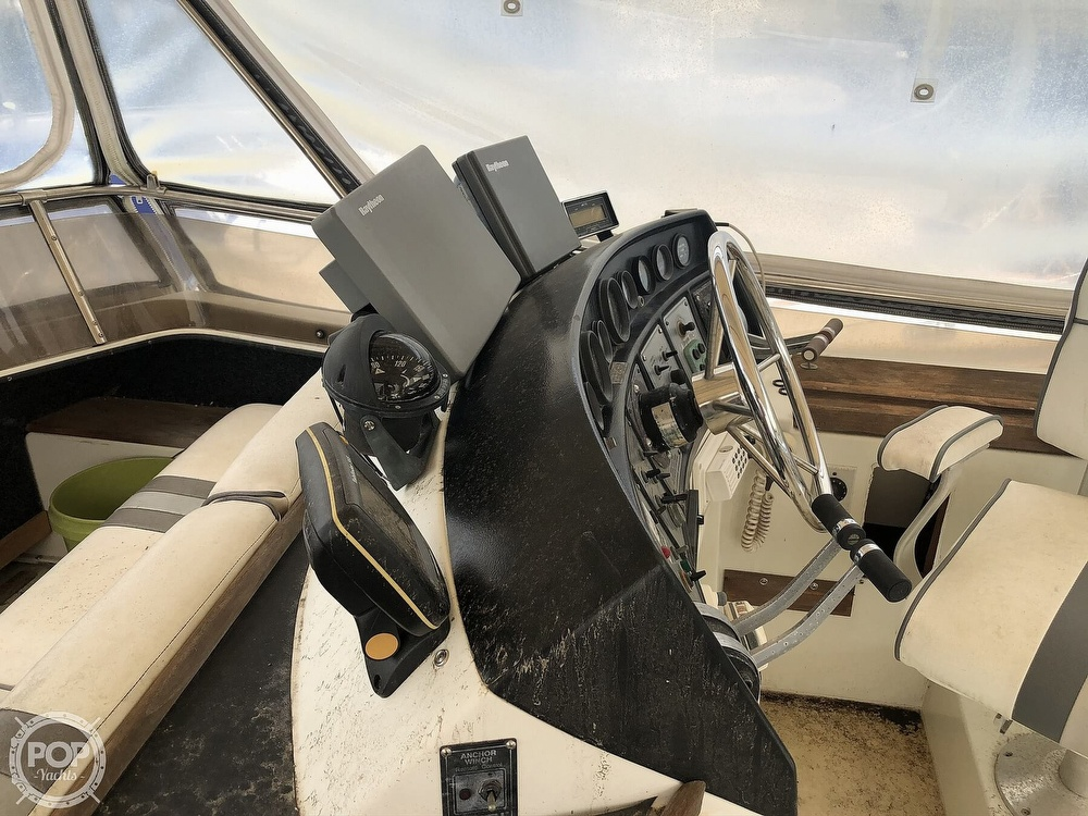 1985 Carver boat for sale, model of the boat is 36 Aft Cabin & Image # 26 of 40