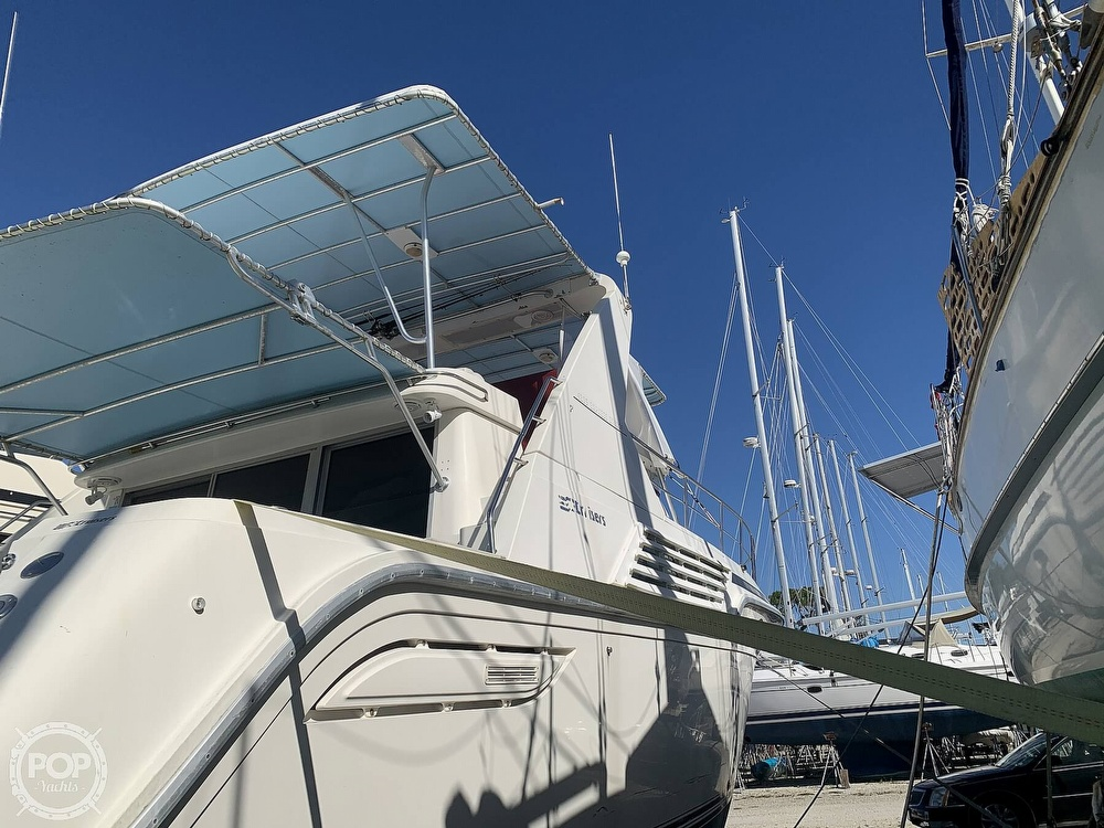 1994 Cruisers Yachts boat for sale, model of the boat is 4285 Express Bridge & Image # 12 of 40