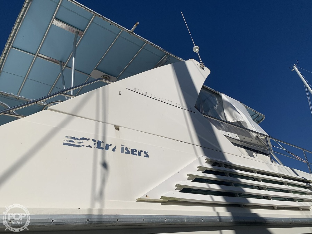 1994 Cruisers Yachts boat for sale, model of the boat is 4285 Express Bridge & Image # 16 of 40