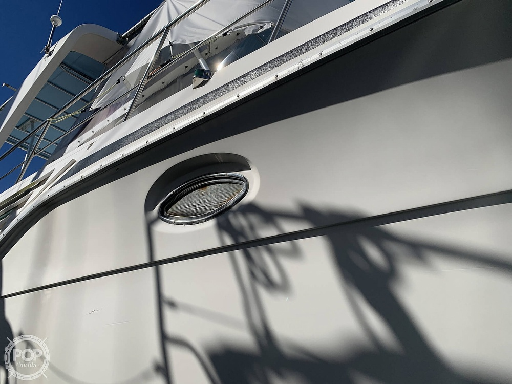 1994 Cruisers Yachts boat for sale, model of the boat is 4285 Express Bridge & Image # 18 of 40