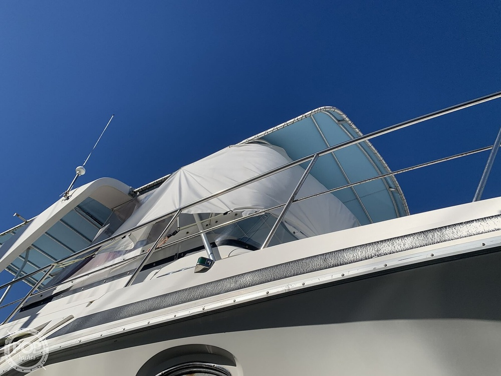 1994 Cruisers Yachts boat for sale, model of the boat is 4285 Express Bridge & Image # 20 of 40