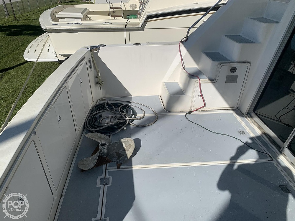 1994 Cruisers Yachts boat for sale, model of the boat is 4285 Express Bridge & Image # 26 of 40